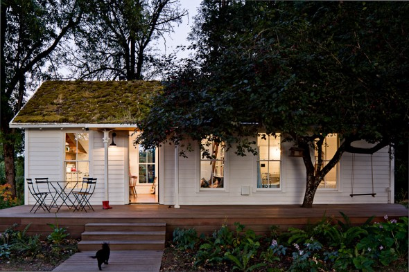 LincolnBarbour-tinyhouse-101-590x393