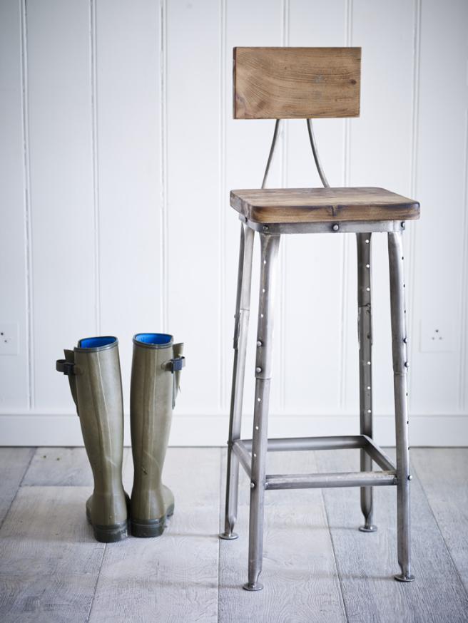 industrial_wooden_stool_h-indstl_2