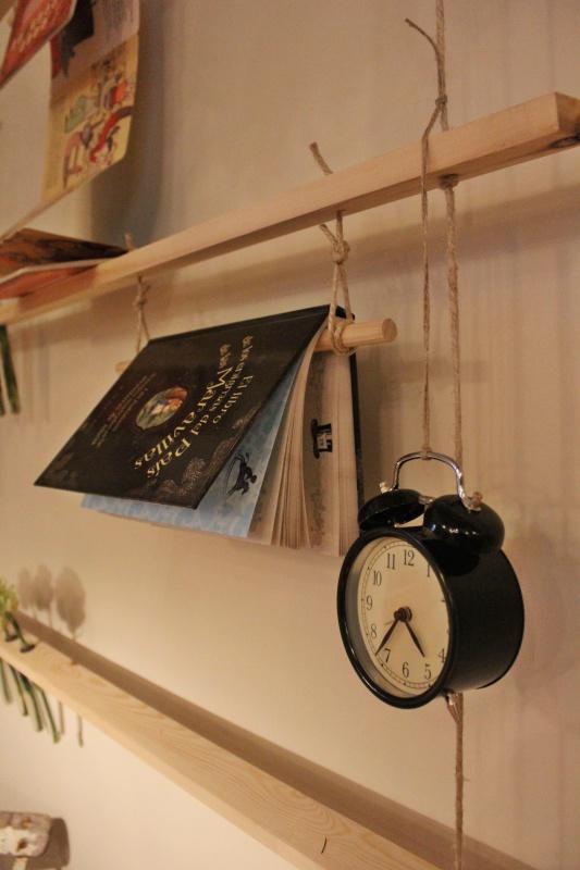 cuentos-reloj-estanterias-javier-peña