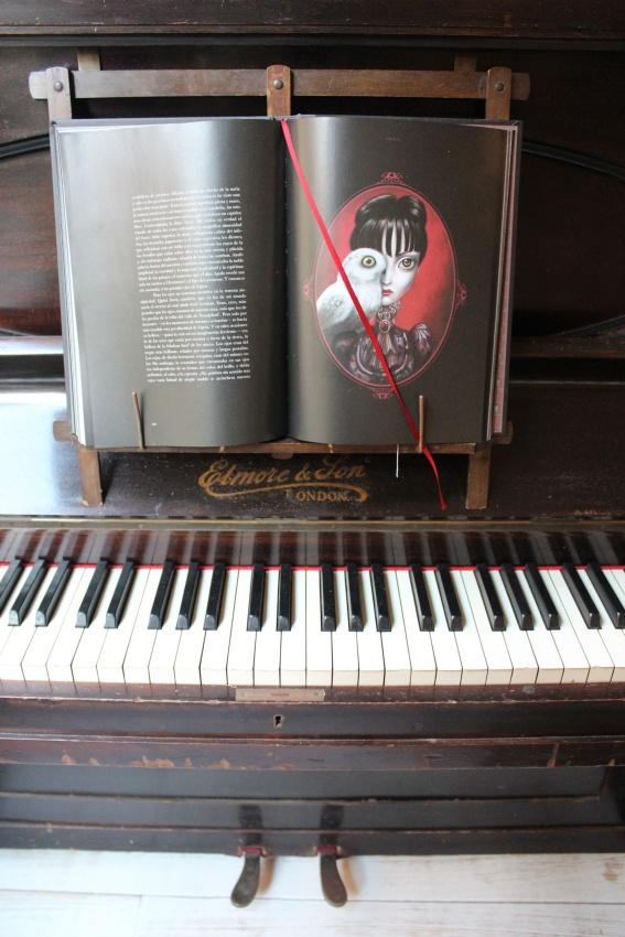 piano-desván y Cabinet