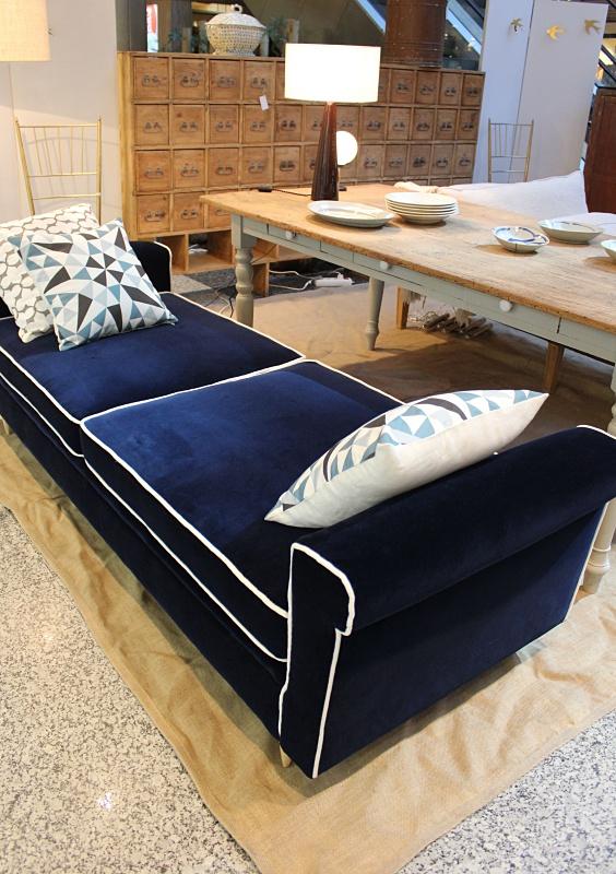 sofa-azul.ribeteado