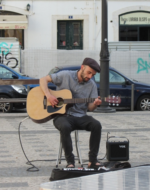 Músico-Callejero-Lisboa