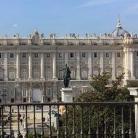 Un paseo entre bastidores por el Teatro Real